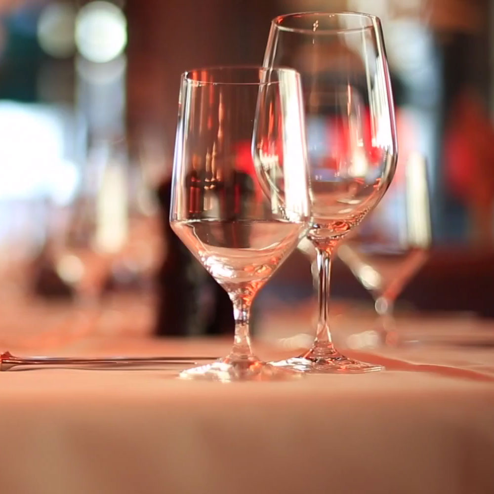 Restaurant Videos - Production Agency - Wine glass